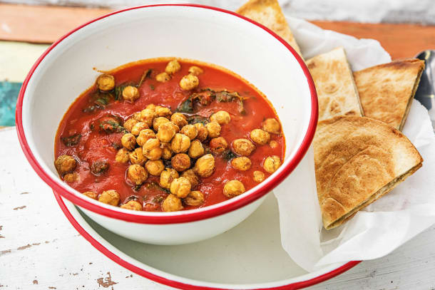 Crispy Chickpea and Tomato Stew