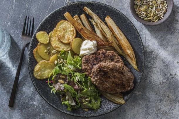 Steak haché en double portion et endives caramélisées