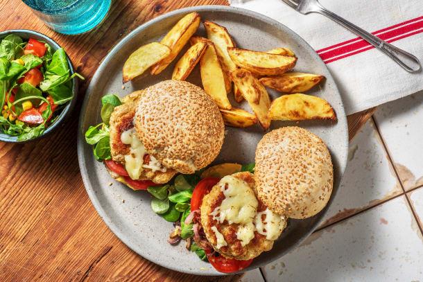 Cheeseburger de poulet aux oignons rouges caramélisés