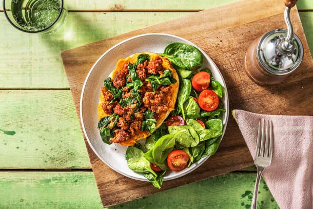 Snelle gerechten - Naanpizza met yazzara, gehakt en spinazie