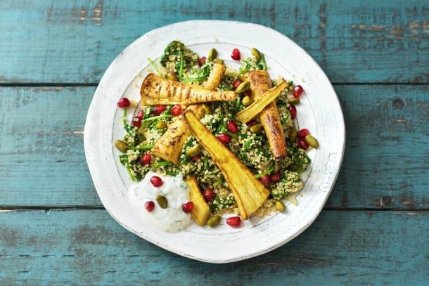 Quinoa-Pilau mit gerösteten Curry-Pastinaken