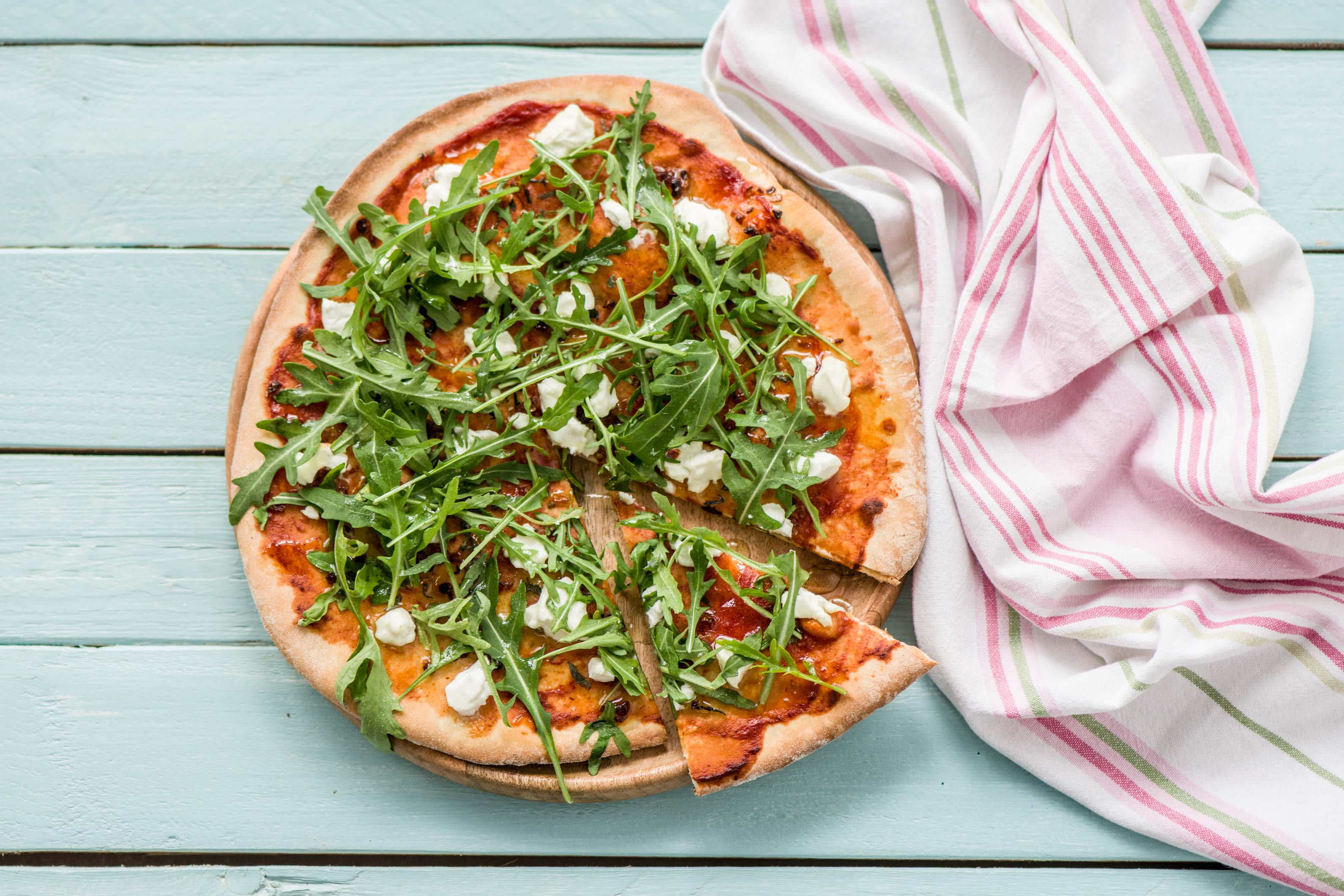 Homemade Caramelised Red Onion, Goat's Cheese and Rocket Flatbread Pizza