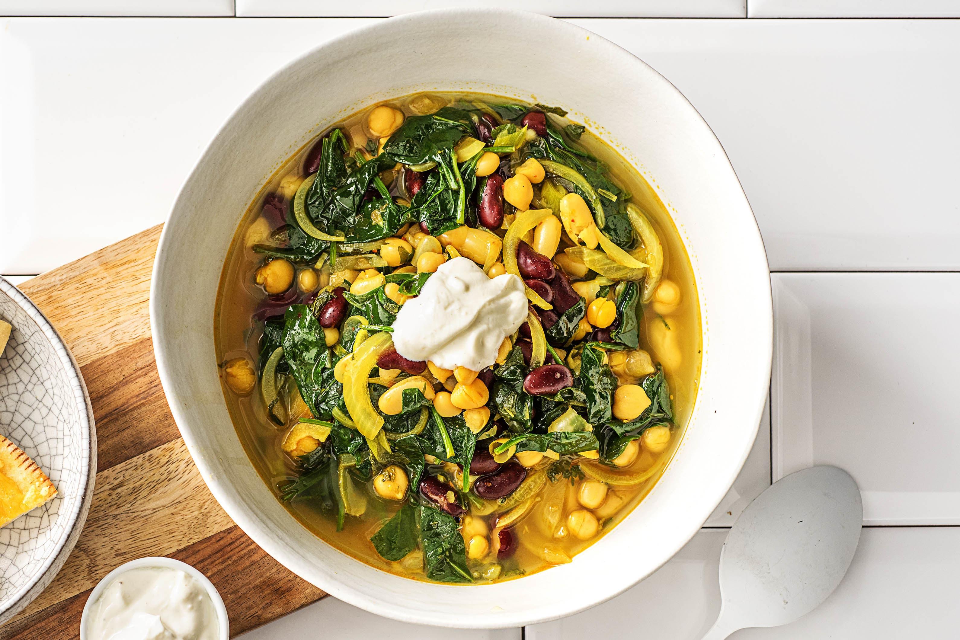 Ash-e Reshteh! Iranische Suppe