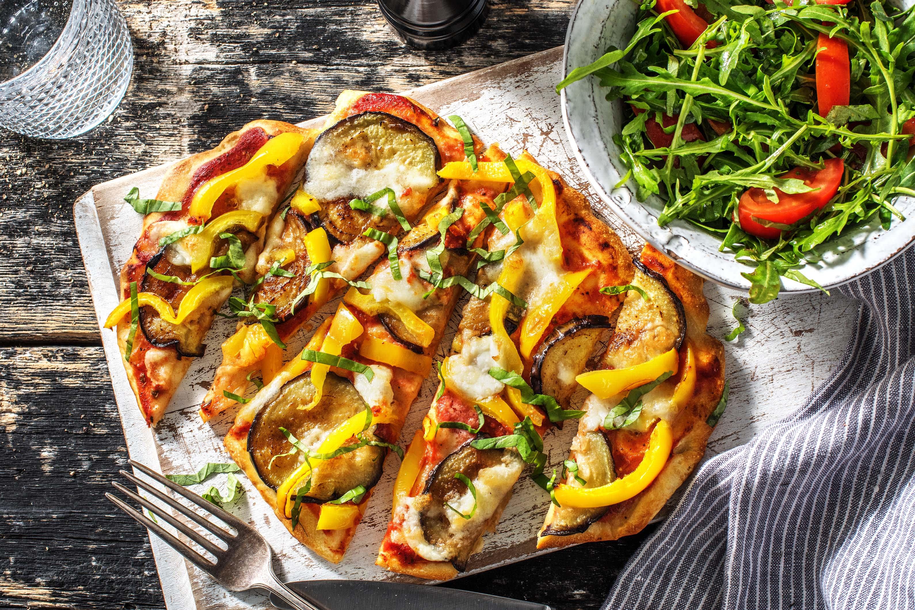 Pizza sur naan à la mozzarella de bufflonne