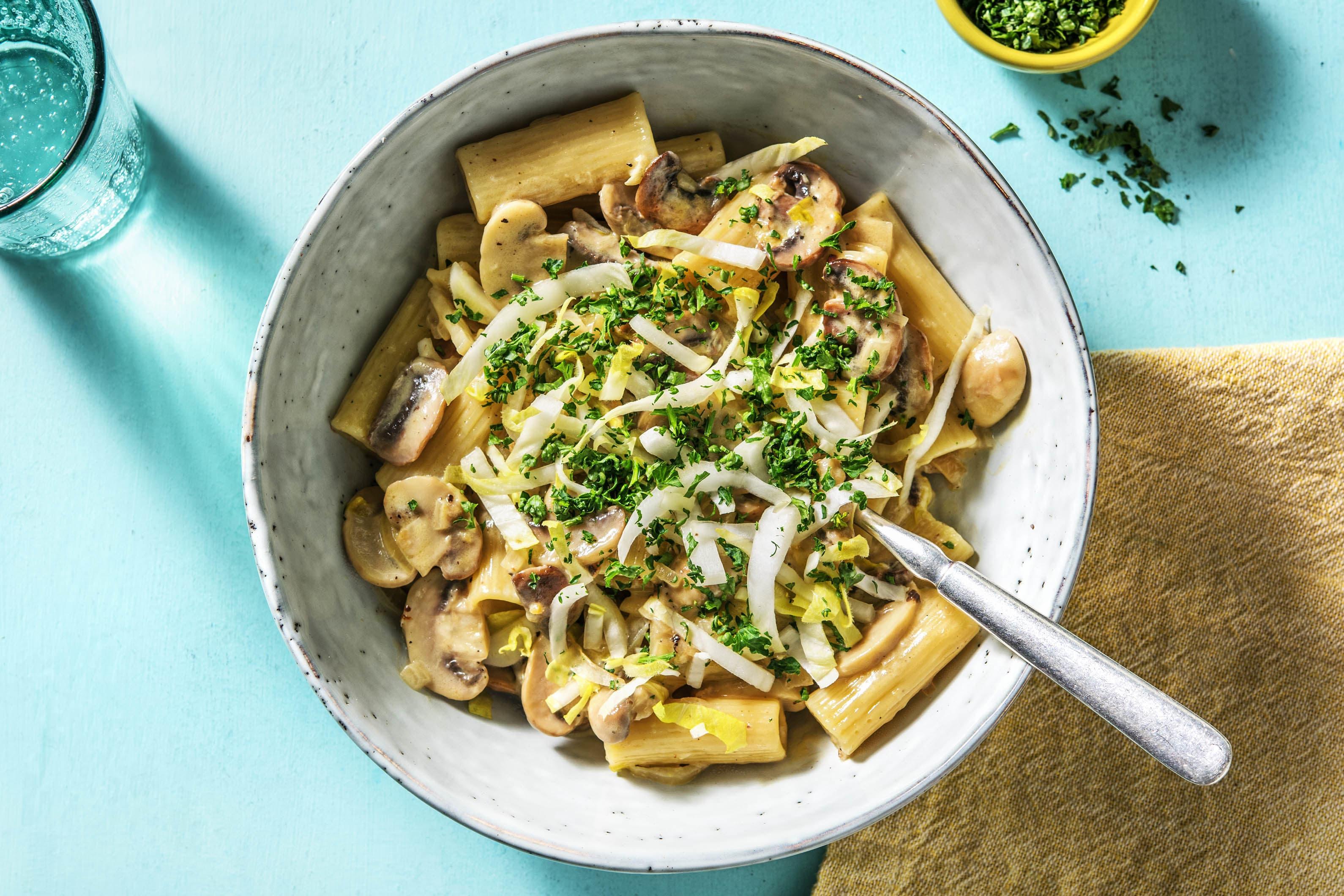 Rigatoni et sauce aux champignons et crème