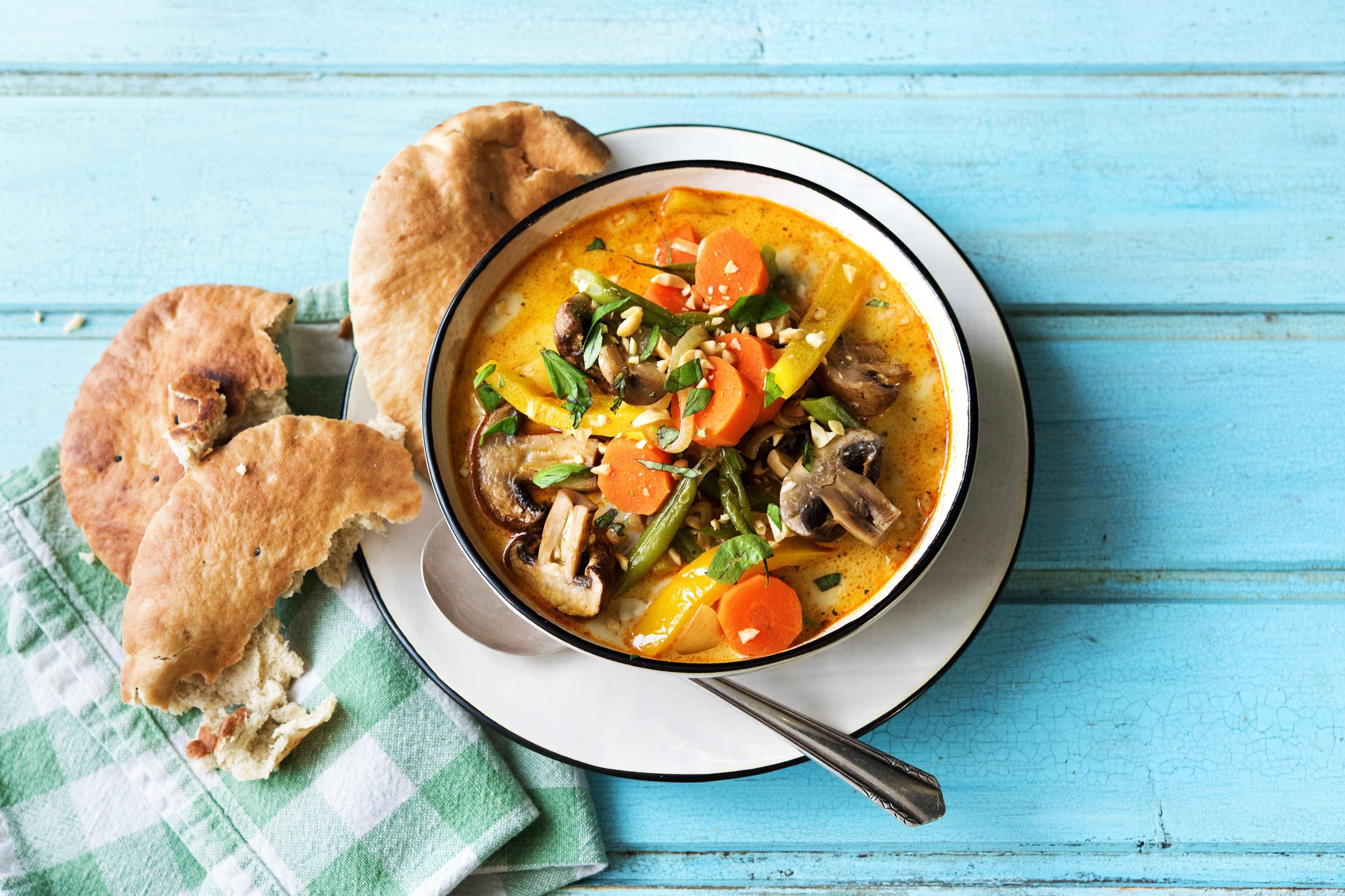 Massaman-Curry mit Ofengemüse