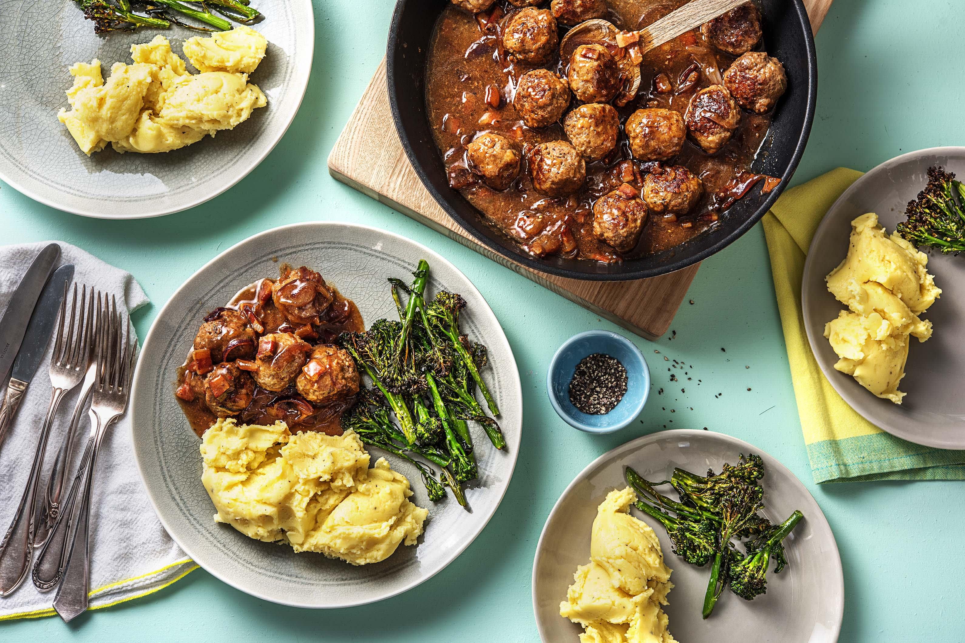 Meatballs and Cheesy Mash