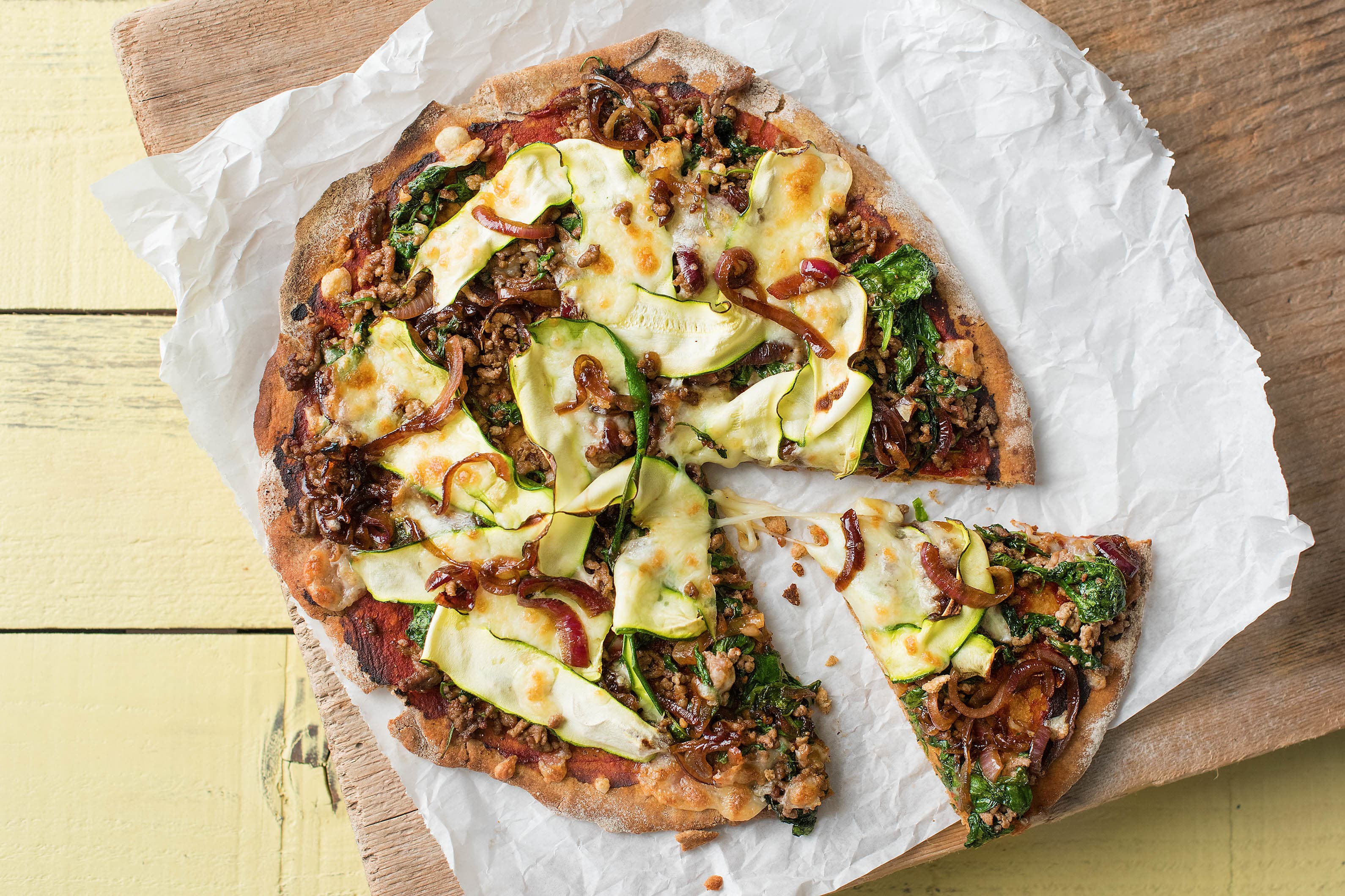 Beef & Caramelised Onion Pizza