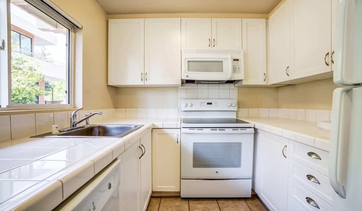 The Biltmore Apartment Kitchen