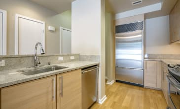 The Mercer Apartment Kitchen