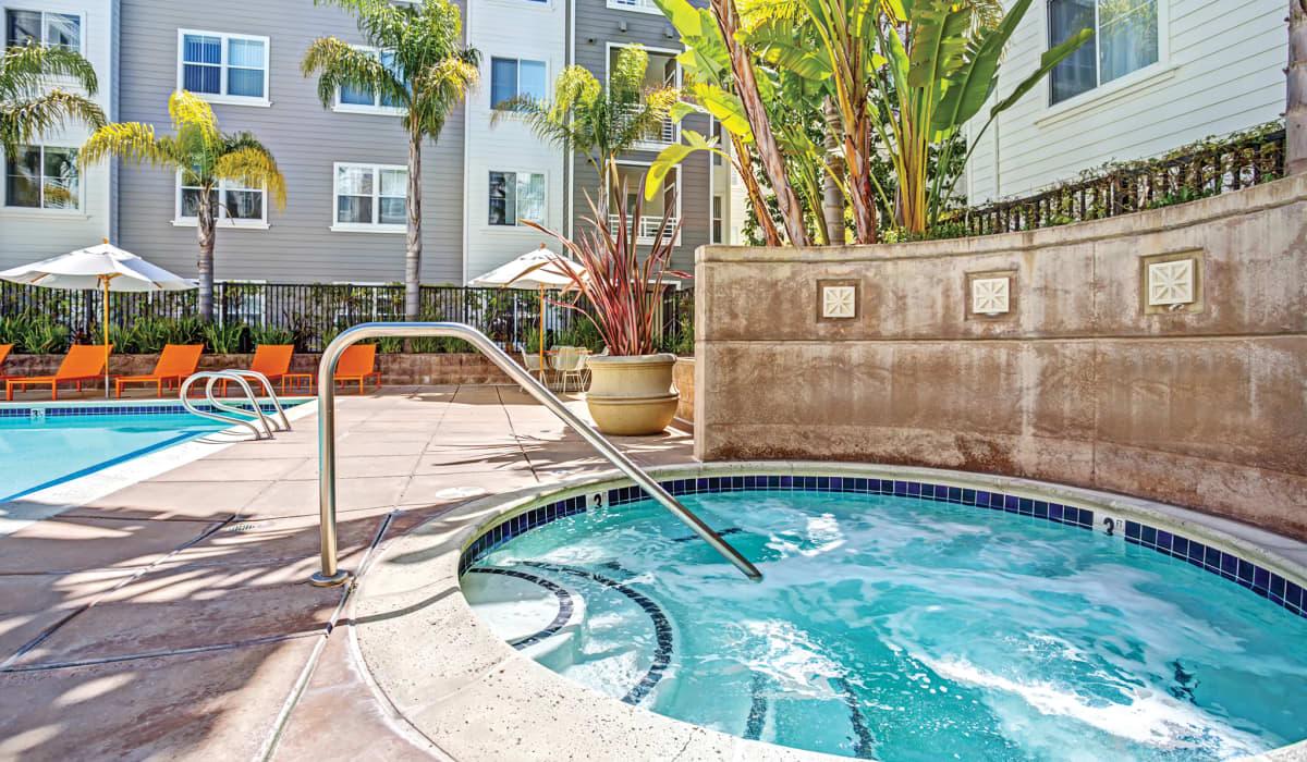 Metropolitan Spa and pool