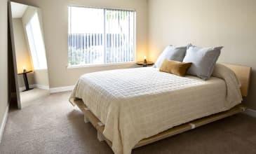 Timberleaf Apartment Bedroom