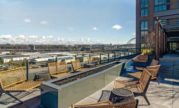 The Carson Rooftop Fire Pit