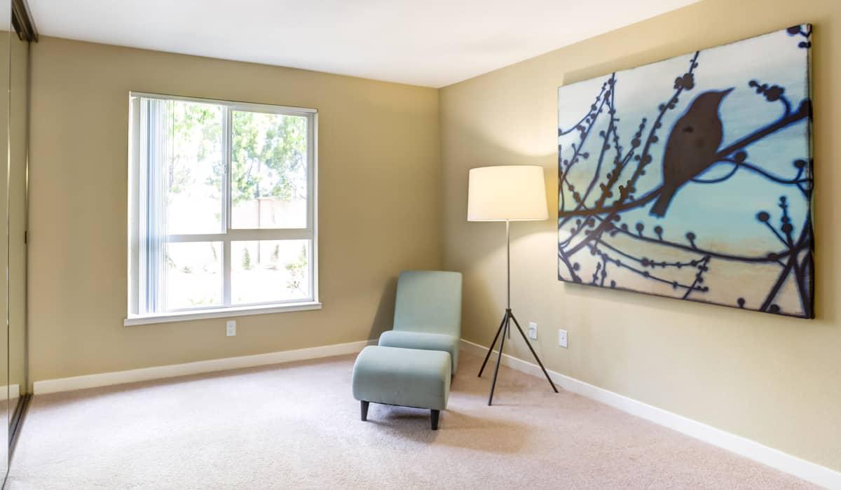 Kensington Place Apartment Bedroom