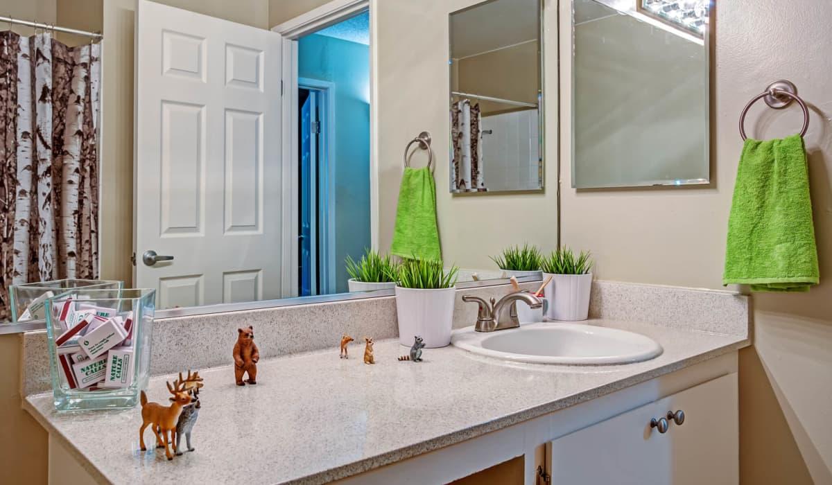 Montecito Apartment Bathroom