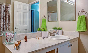 Montecito Apartment Bathroom