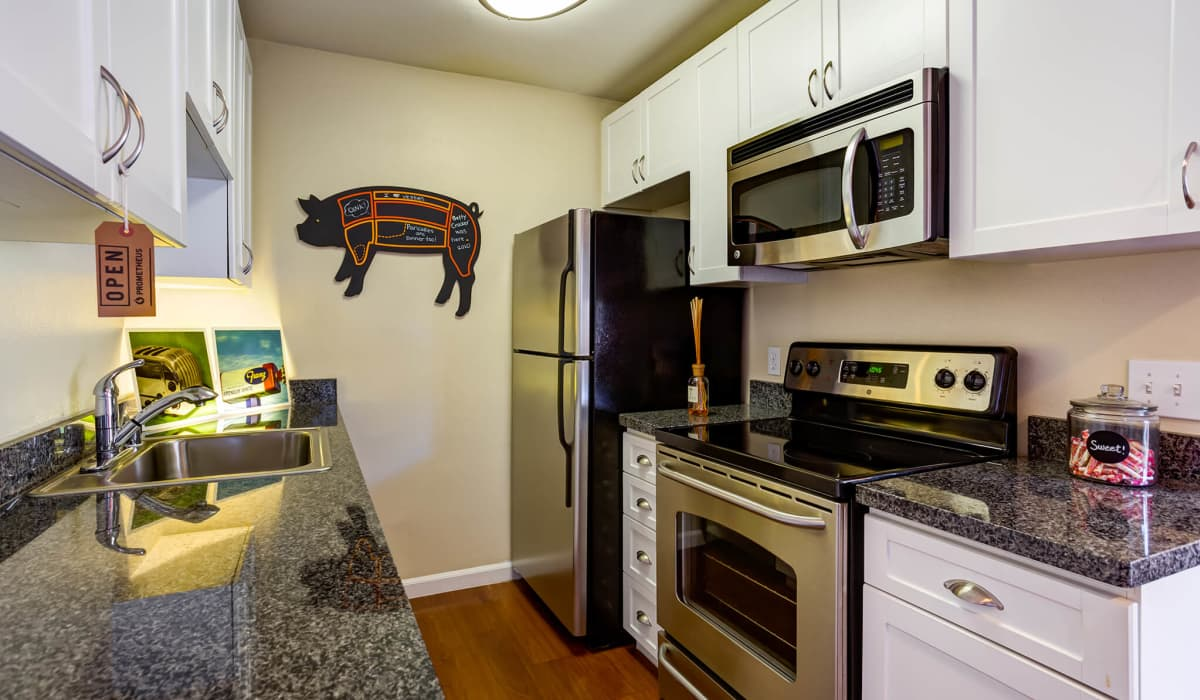 The Boulders Apartment Kitchen
