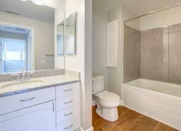 Metropolitan Bathroom