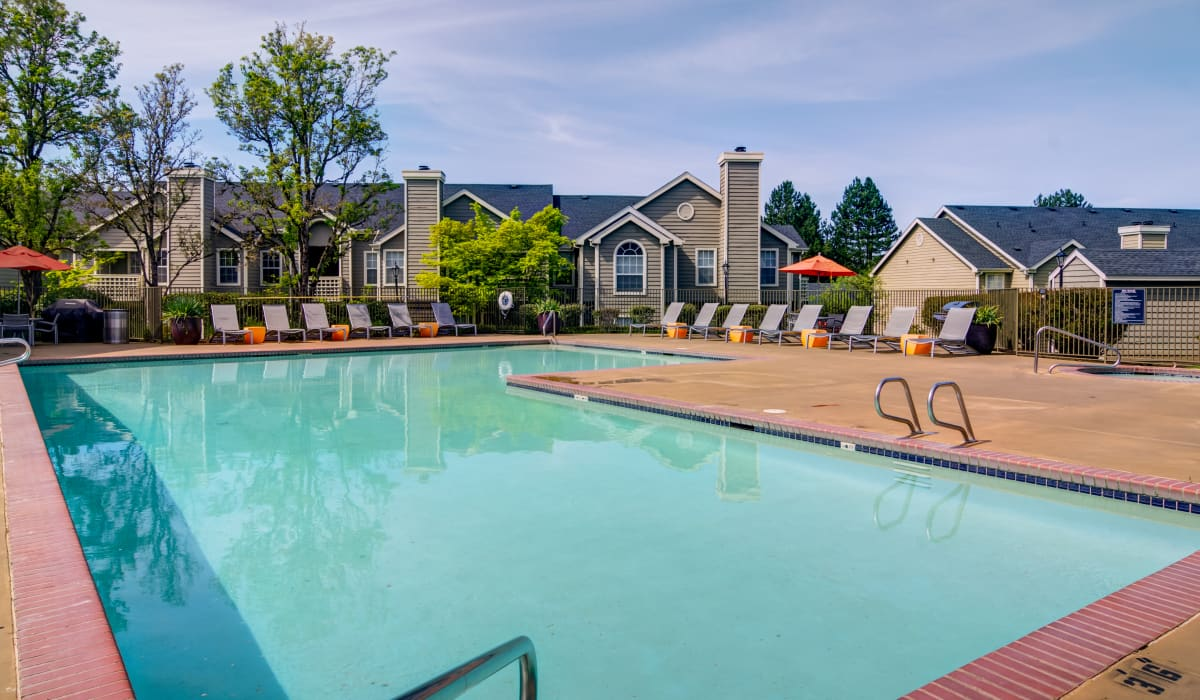 Emerald Place Pool
