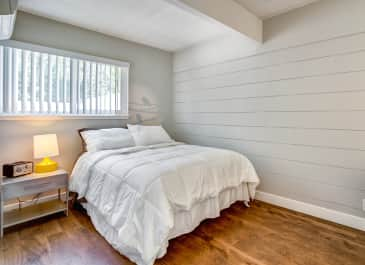 Parallel Bedroom