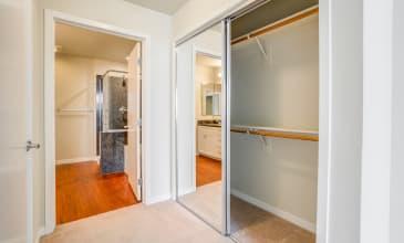 550 Moreland Apartment Closet