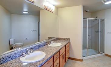 128 On State Apartment Bathroom