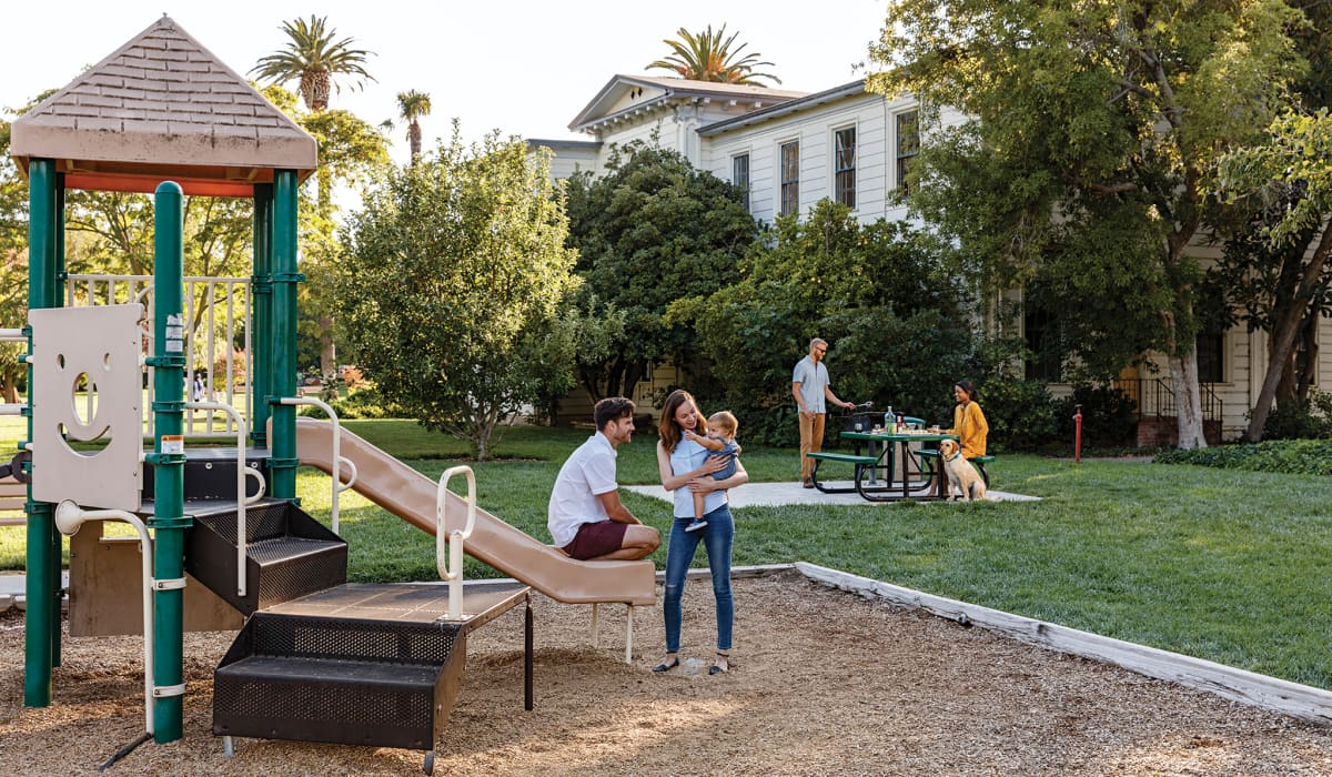 Mansion Grove Playground