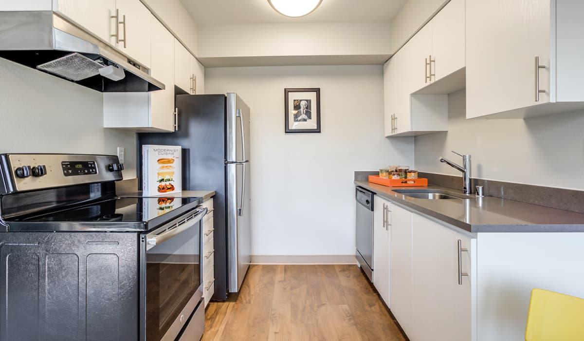 Cliffside Apartment Kitchen