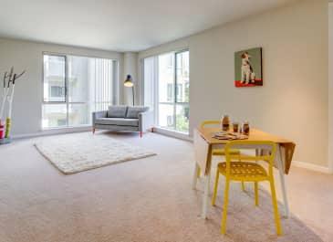 550 Moreland Apartments
