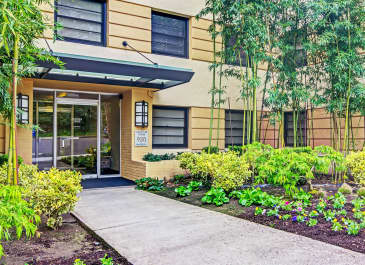 Westover Tower Apartments apartments in Portland OR to rent photo 1