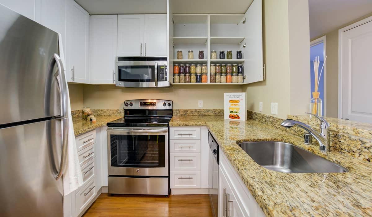 Kensington Place Apartment Kitchen