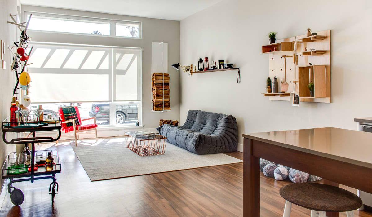 100 Moffett Apartment Living Room