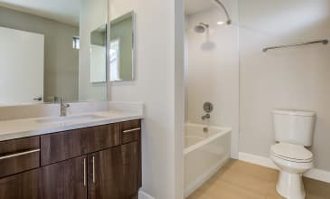 Forest Glen Apartment Bathroom