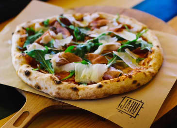 Explore the Bay Area: Where To Find Pizza