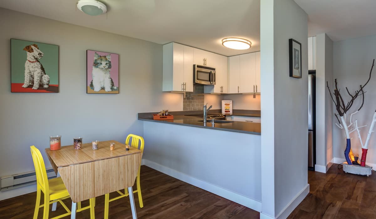 The Lagoons Apartment Kitchen & Dining Room