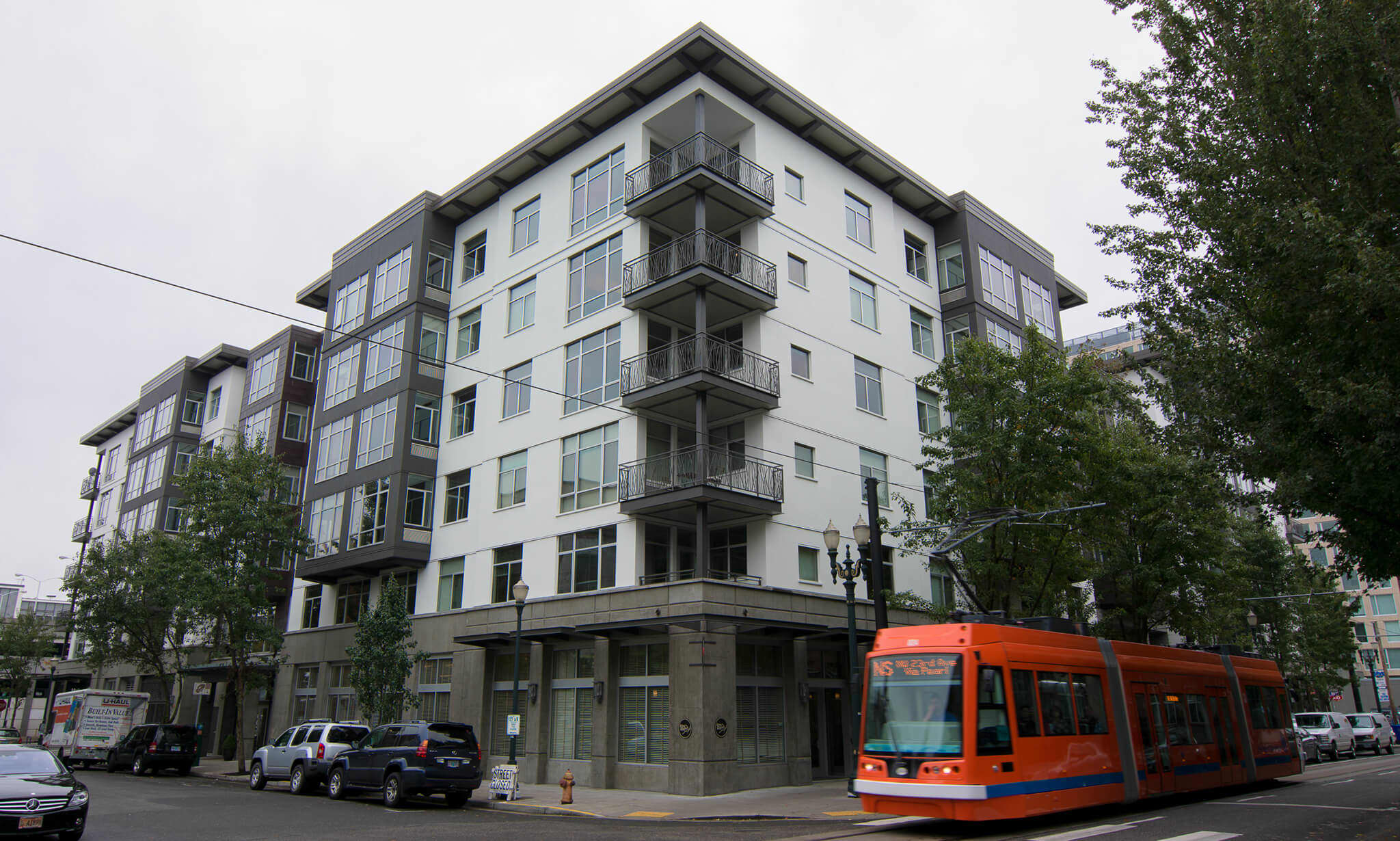 10th @ Hoyt Apartments apartments in Portland OR to rent photo 1