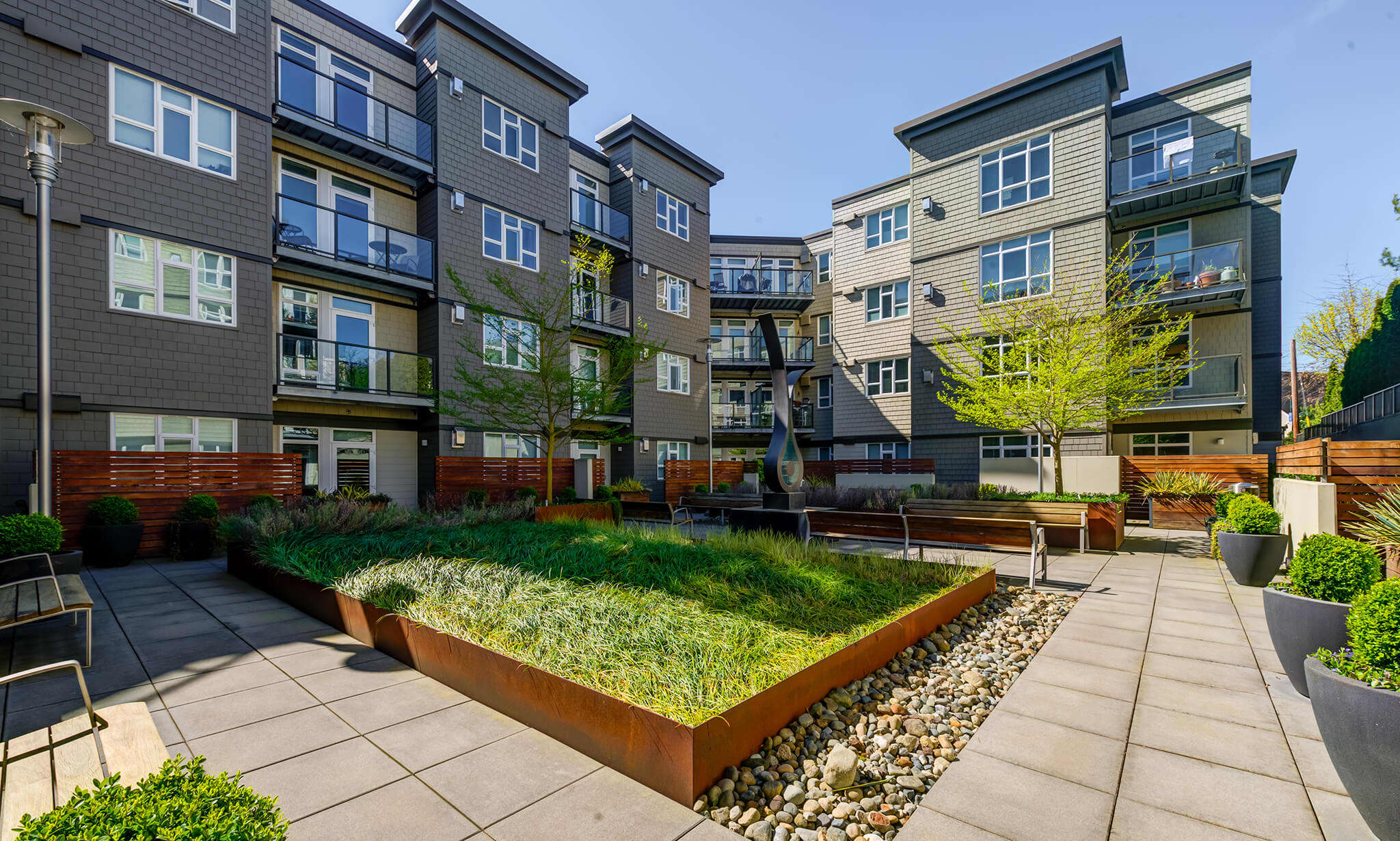 128 on State Apartments apartments in Kirkland WA to rent photo 1