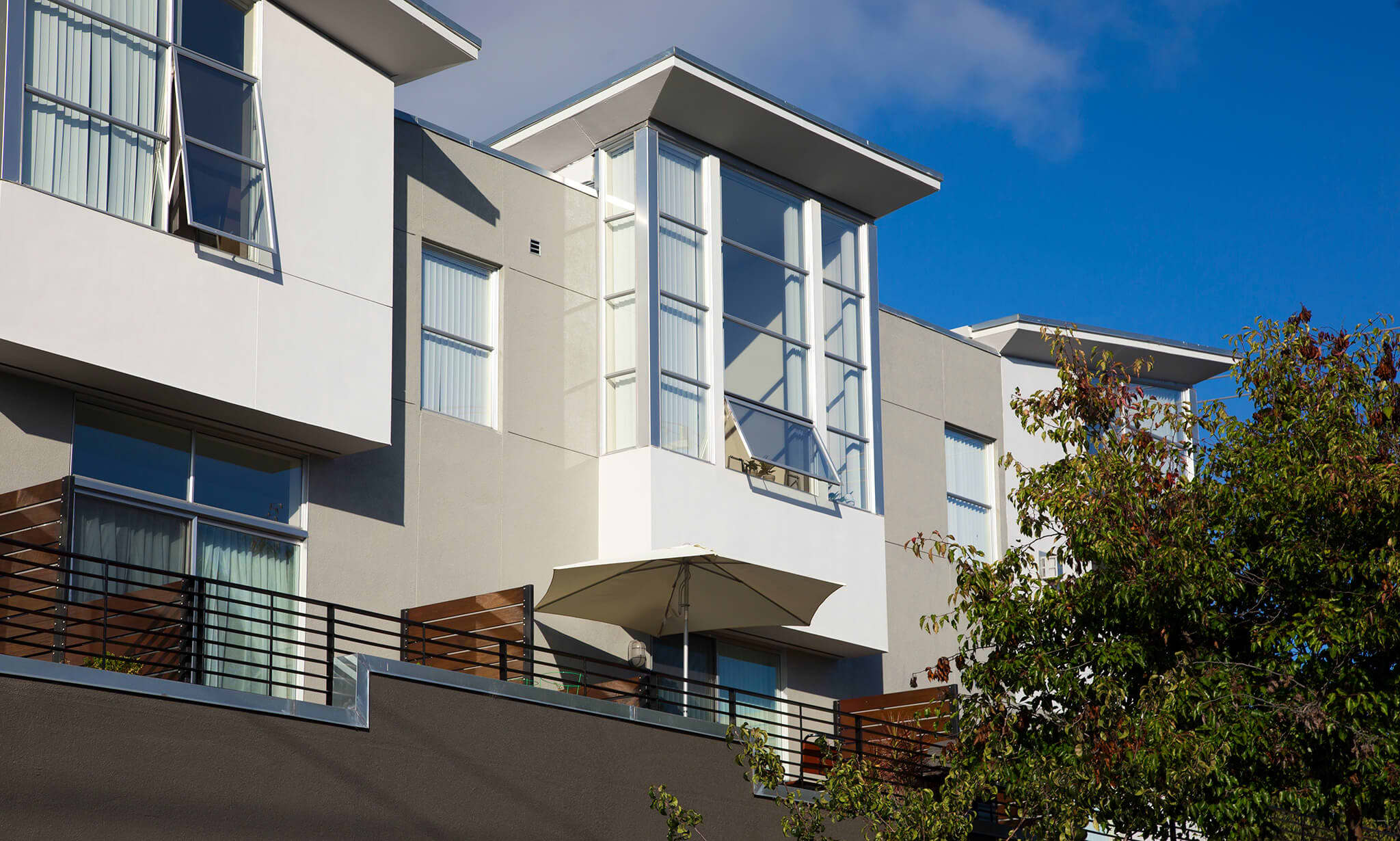 Icon at Doyle Apartments apartments in Emeryville CA to rent photo 1
