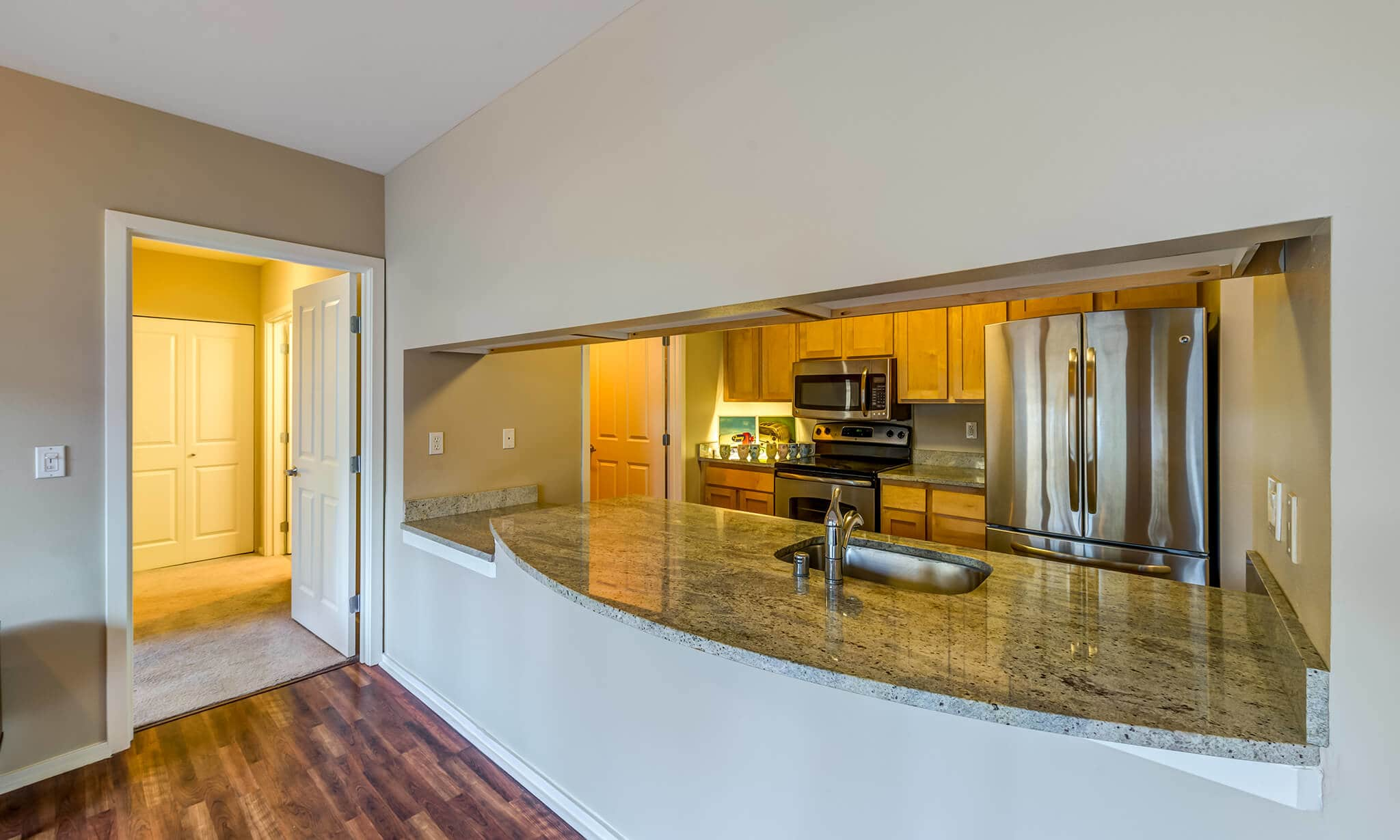 Limestone Court Apartments apartments in Bellevue WA to rent photo 4