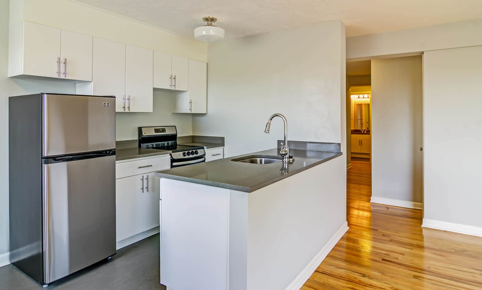 Westover Tower Apartments apartments in Portland OR to rent photo 8