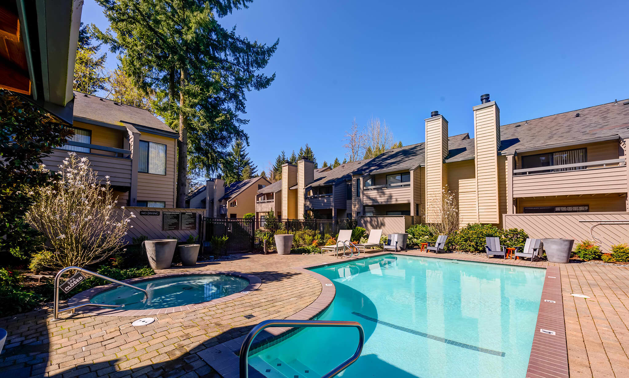 The Lakes Apartments apartments in Bellevue WA to rent photo 9