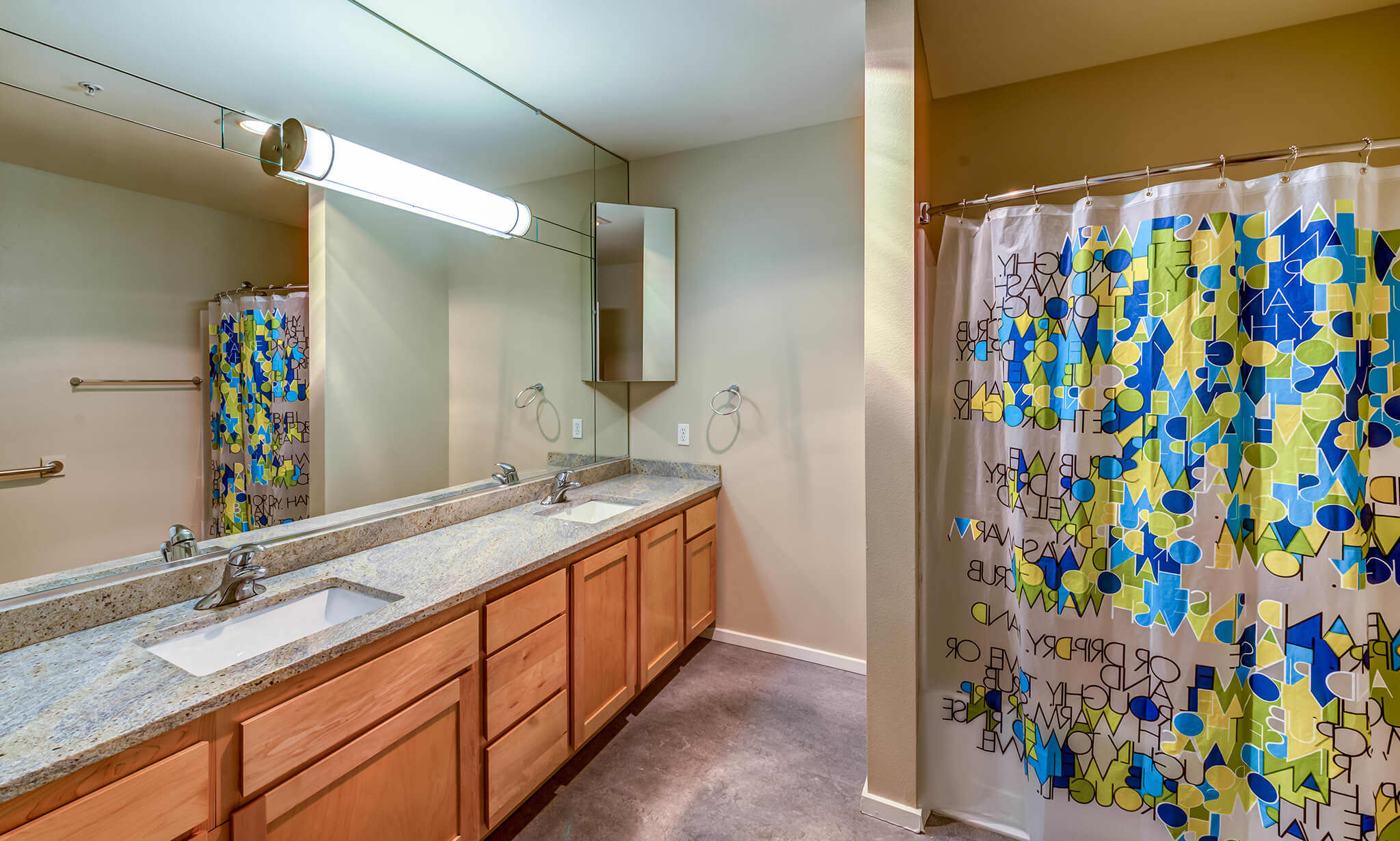 Limestone Court Apartments apartments in Bellevue WA to rent photo 6