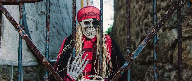 Portland's best haunted houses include creepy skeletons like this one