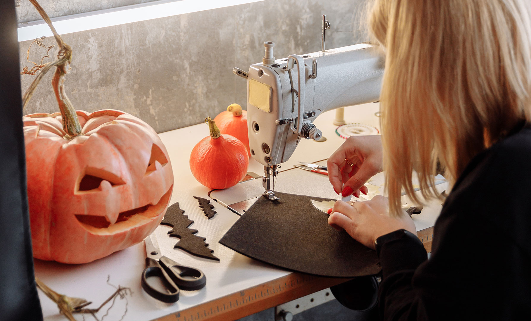 Stylish DIY Home Decor for Halloween
