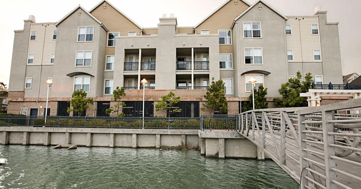 foster city apartments miramar prometheus