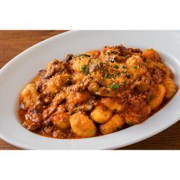 WP PIZZA(ウルフギャングパック ピッツァ)/ジャガイモのニョッキ 挽肉とナスのボロネーゼソース