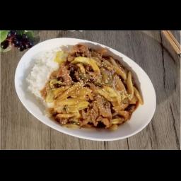 豚肉のピリ辛炒め丼