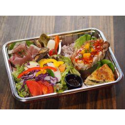 八百屋サラダとポークグリルのお弁当