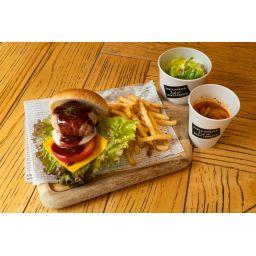 サンタモニカ特製チーズバーガー ★サラダ・スープ付