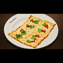 本牧ピザ(トマトとバジル)